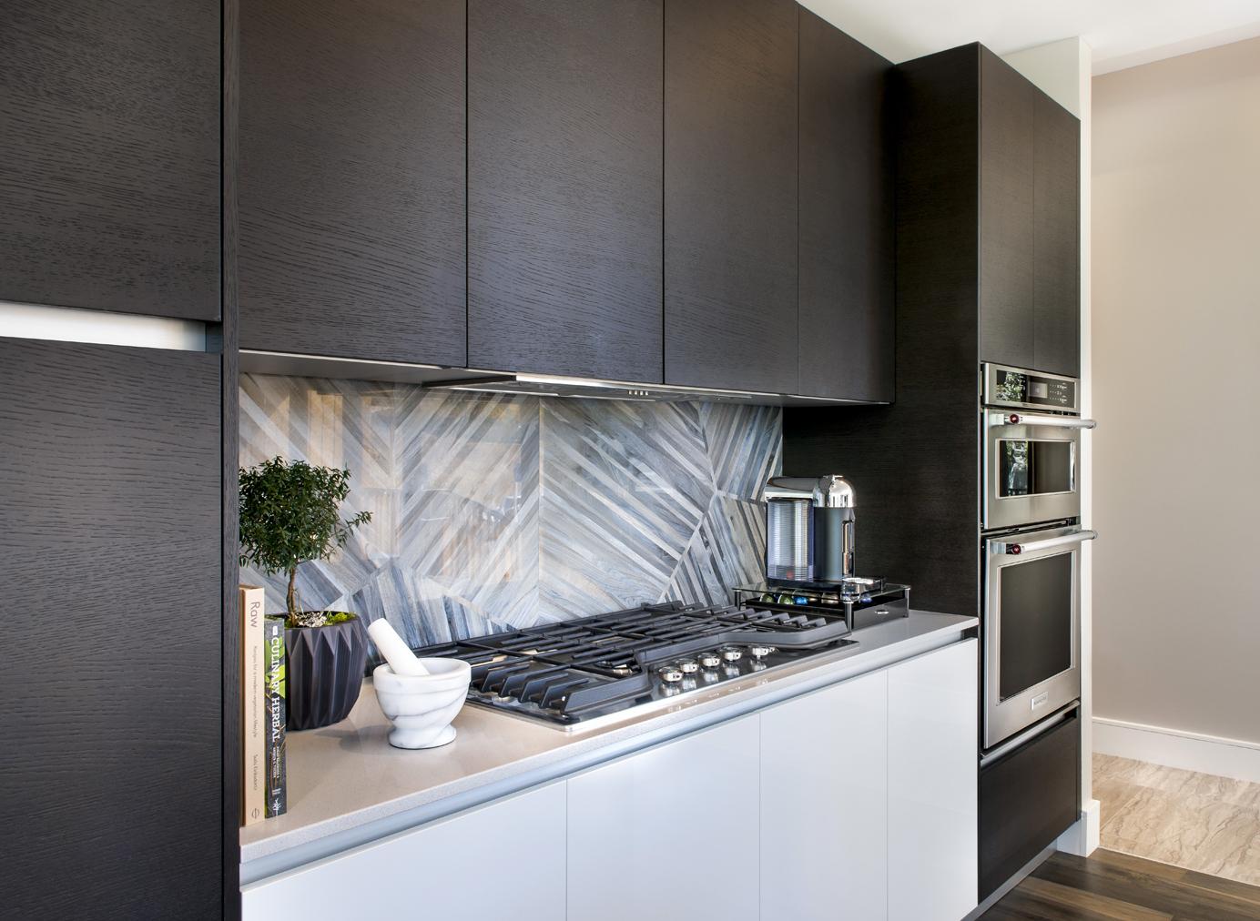 Denver rowhome gourmet kitchen